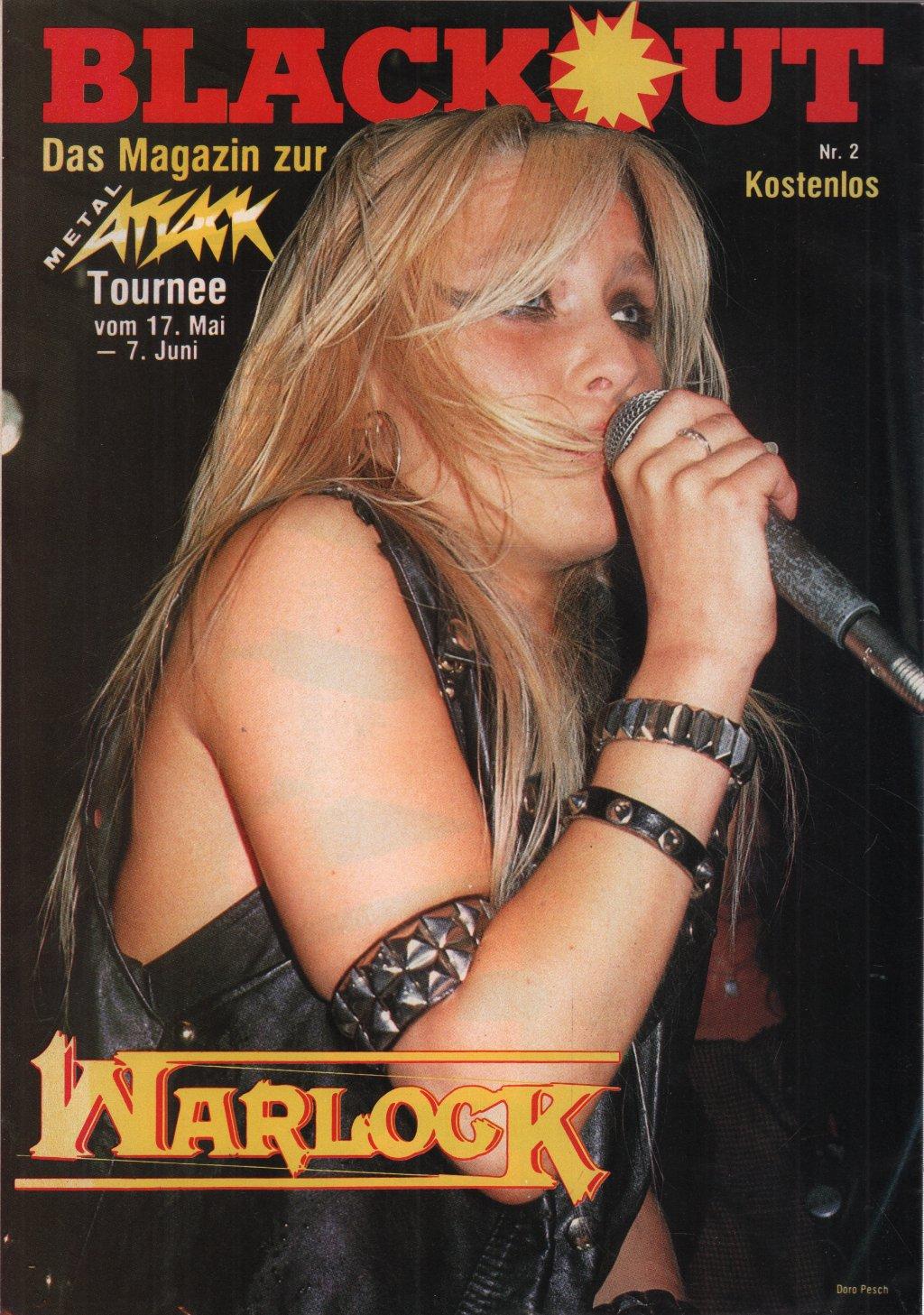 WARLOCK - Blackout - Magazine
